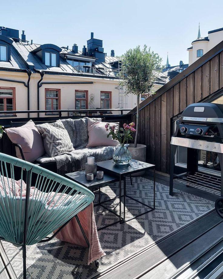 """Jurnal de design interior on Instagram: """"#scandinaviandesign #attic #balcony #outdoor #summer #sunny #balcon #grill #mansarda"""""""