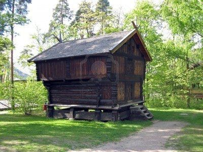 Old Rustic Scandinavian Farm House Found In Norway Crazy Houses House Unusual Homes