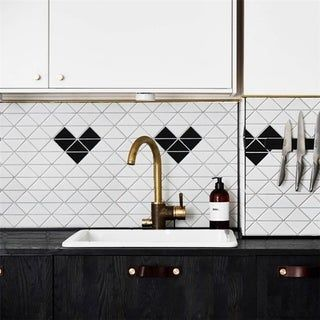 Somertile 10x10 25 Inch Tri Heart Matte White With Black Porcelain Mosaic Floor And Wall Tile 10 Tiles 7 3 Sqft Porcelain Mosaic Porcelain Mosaic Tile Mosaic Tiles
