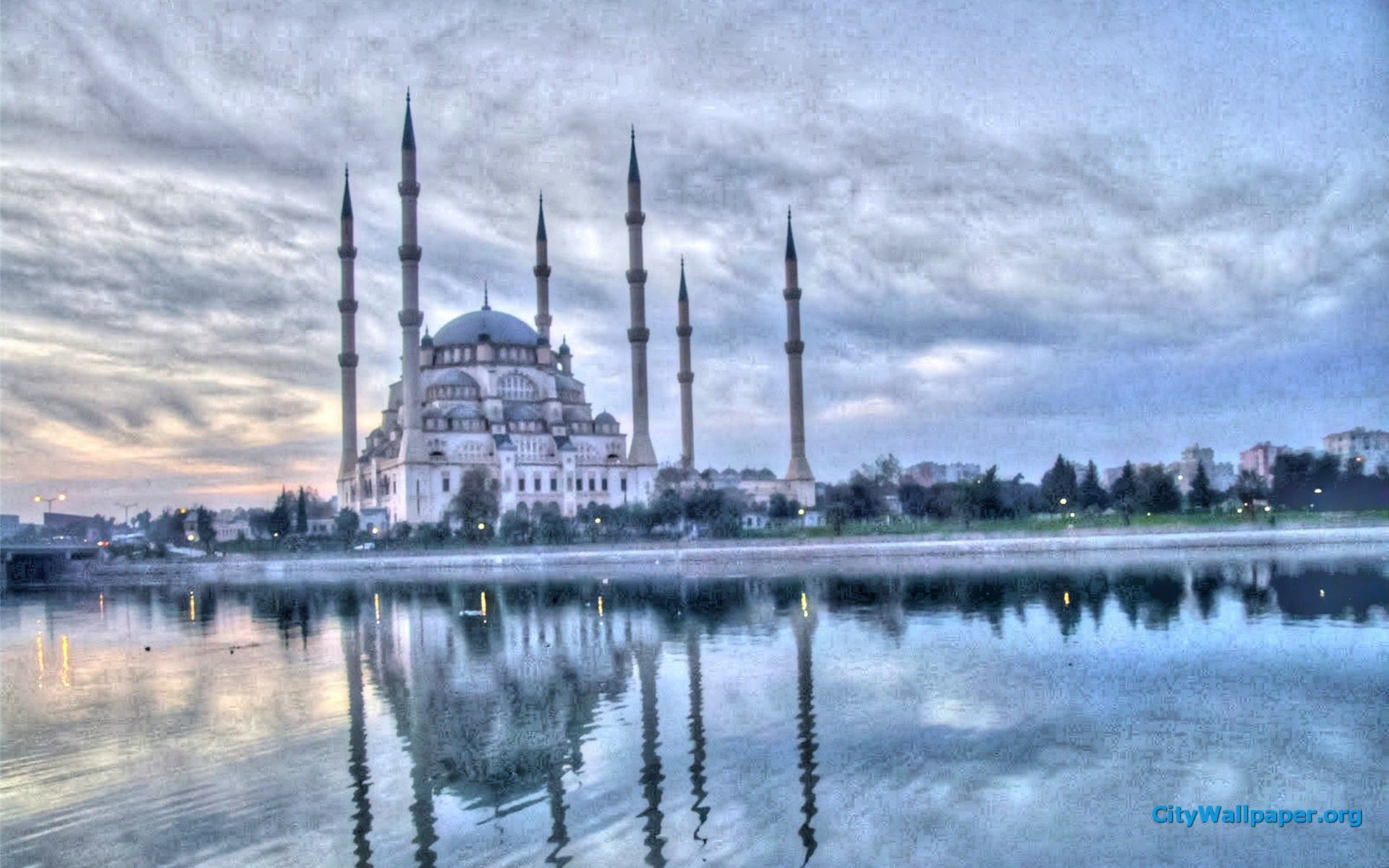 50 Most Beautiful Mosques In The World Location Size Beautiful Mosques Mosque Architecture Islamic Pictures