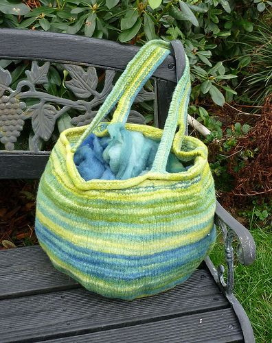 Free Knitting Pattern Bags Purses Totes Visby Felted Bag