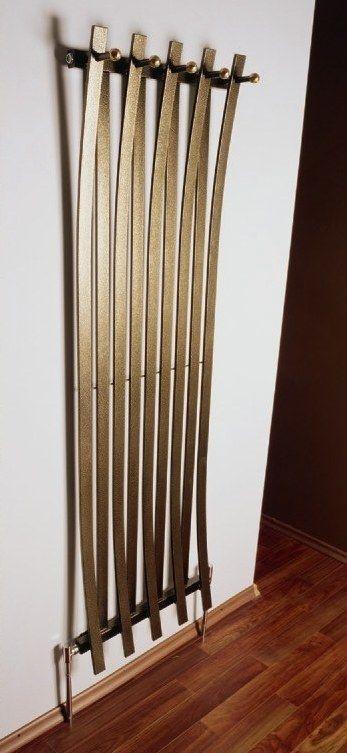 cool radiator radiateur porte manteau chauffages radiateurs chemin es pinterest. Black Bedroom Furniture Sets. Home Design Ideas