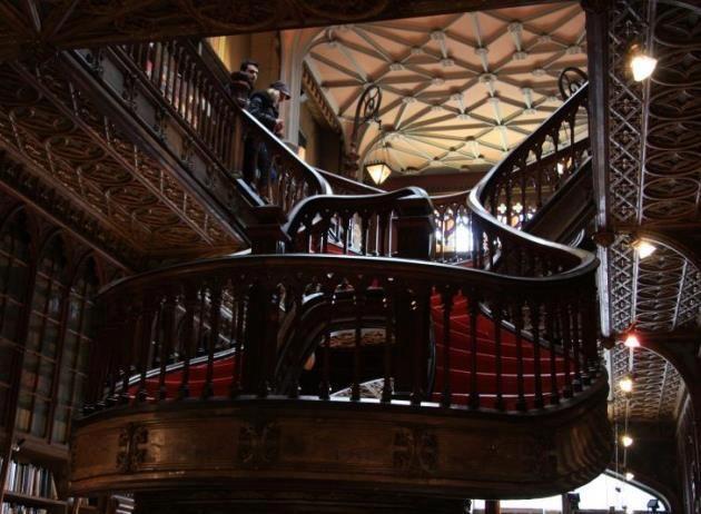 Avec balconet (intérieur)