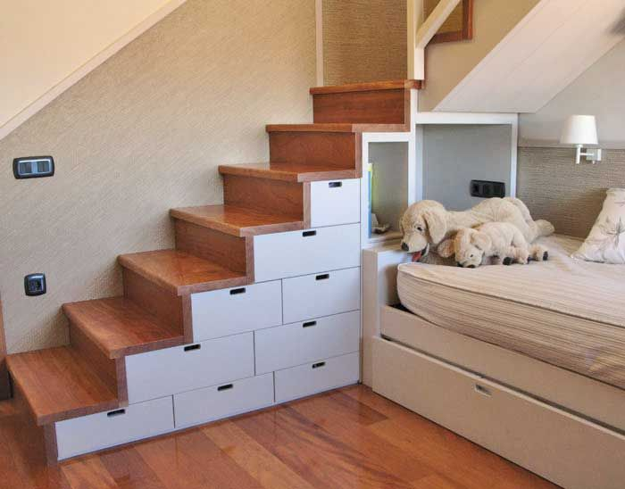 Escalera de madera con cajones lacados spaces that - Cajones de madera ...
