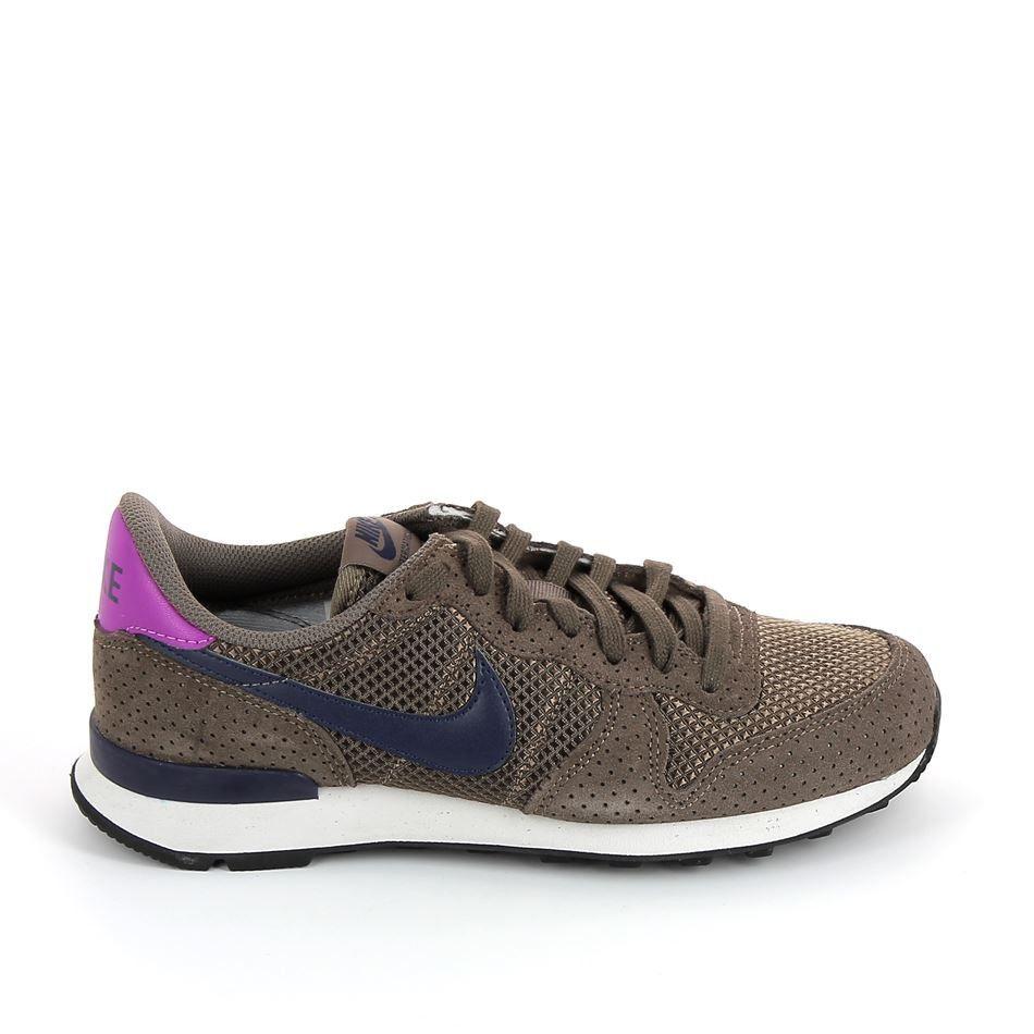 Nike Chaussures Noires Internationaliste Soi aPdCk54