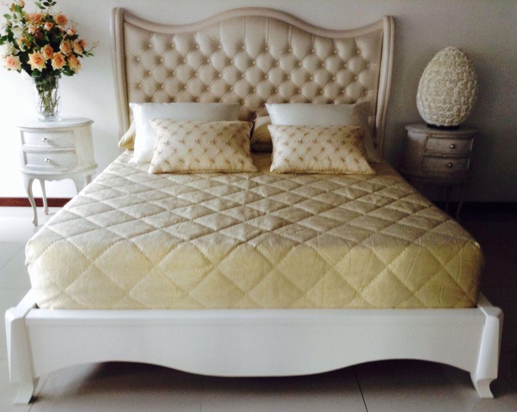 Cama de 190 x 160 espaldar cl sico capitoneado en tela - Modelos de cabeceros de cama ...