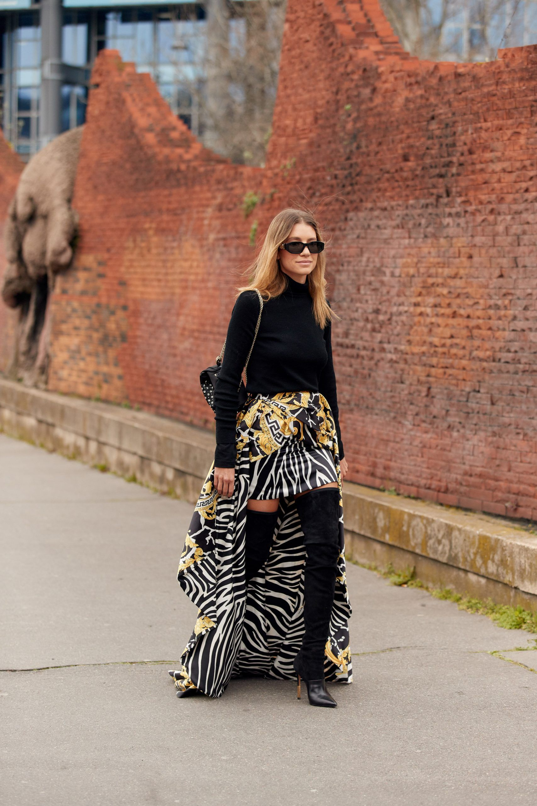 Paris Street Style Fall 2020 4 TER in 2020 | Autumn street style, Street  style, Cool street fashion