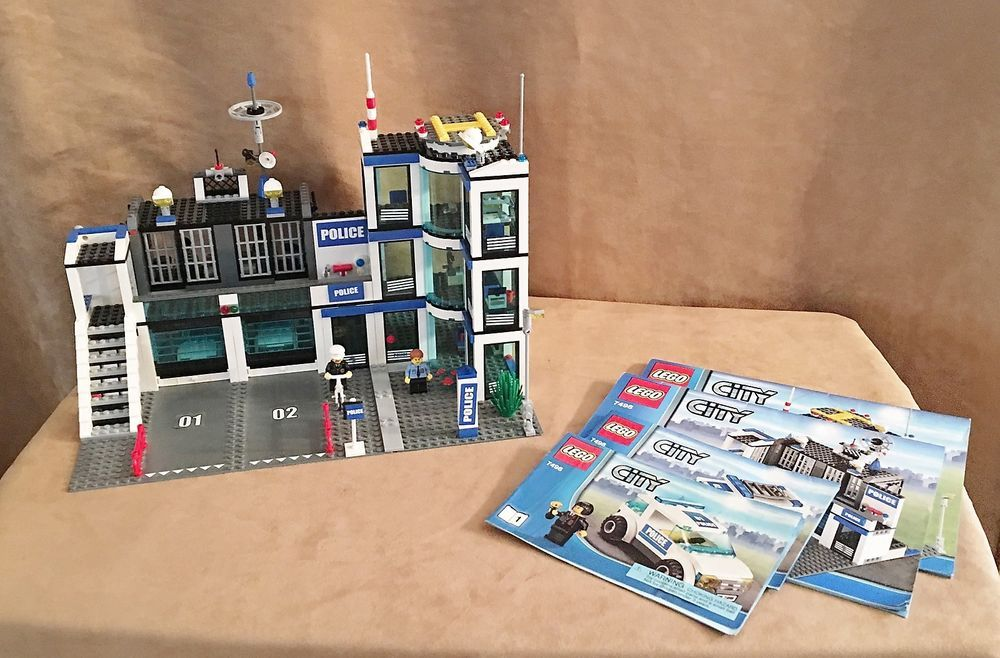 7498 Lego Complete City Police Station Helicopter Instructions
