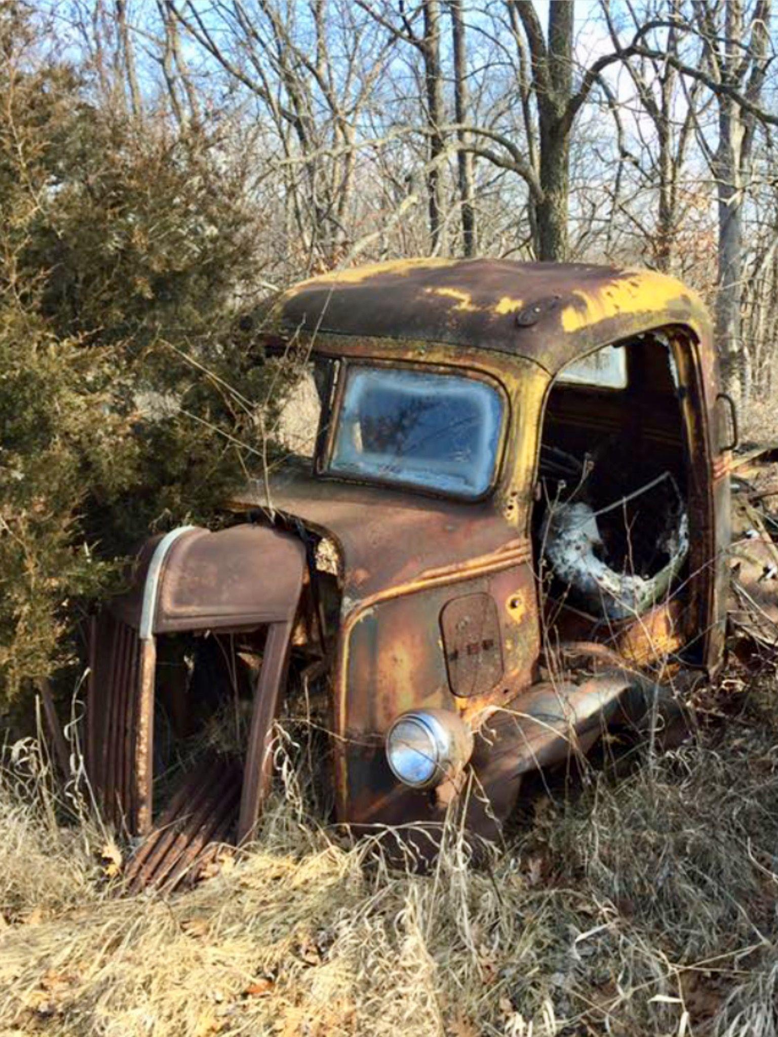 Old abandoned car in the cargraveyard. Source Facebook.com ...