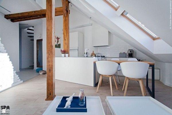 Des combles rénovés avec modernité! Interiors and Lights - exemple de maison moderne