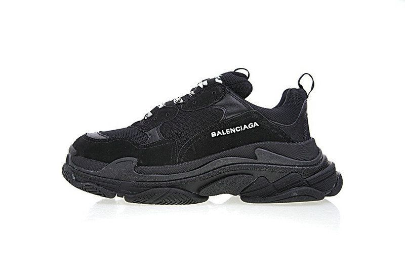 0825daf58db2 Unisex Balenciaga Triple S Sneakers All Black
