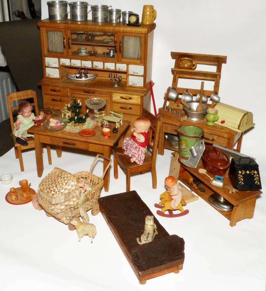 wundersch ne gro e puppen k che buffet mit porzellansch ben wohl albin sch nherr antike. Black Bedroom Furniture Sets. Home Design Ideas