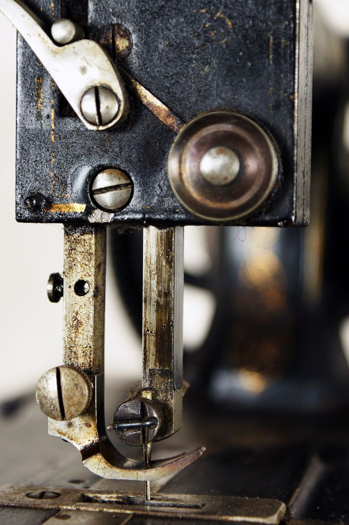 Gates Museum Antique Sewing Machine Sewing Machines Pinterest Cool Antique Sewing Machine Museum