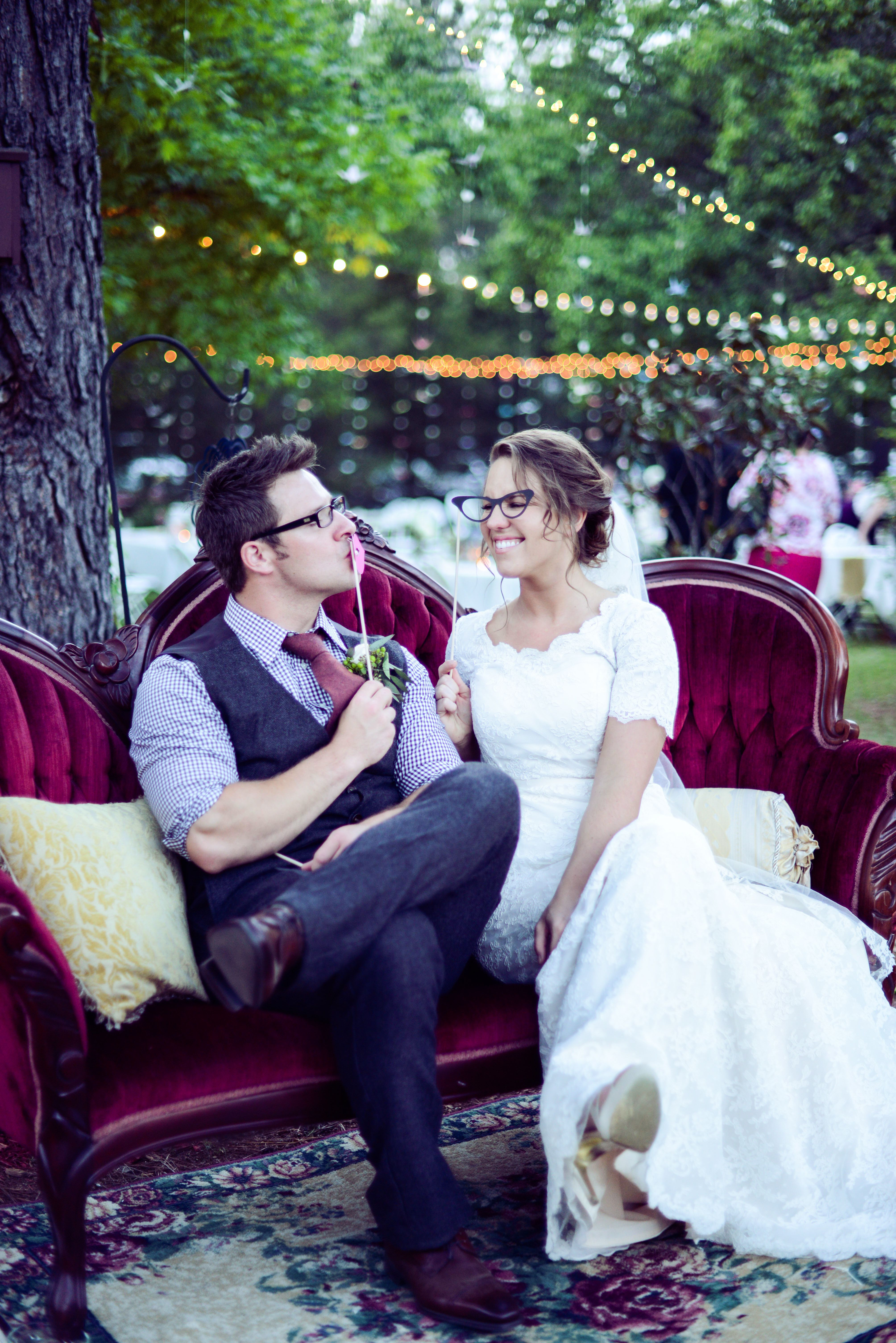 She S Intentional Real Wedding Katie And Jesse Don T Miss These Must See Photos Of Southern Style Modern Vintage Inspired