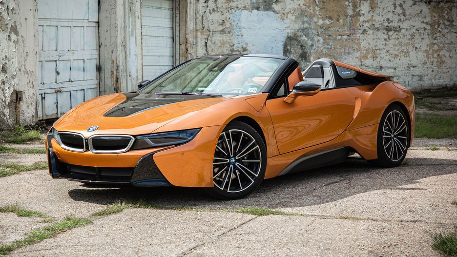 The 2019 Bmw I8 Roadster Puts Plug In Hybrid Tech In A Racy Body