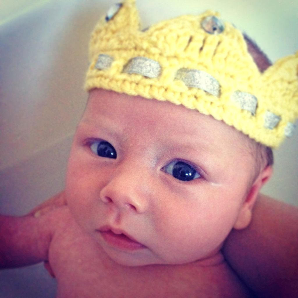 Baby Crown Crochet Pattern - Hobbycraft Blog #crownscrocheted