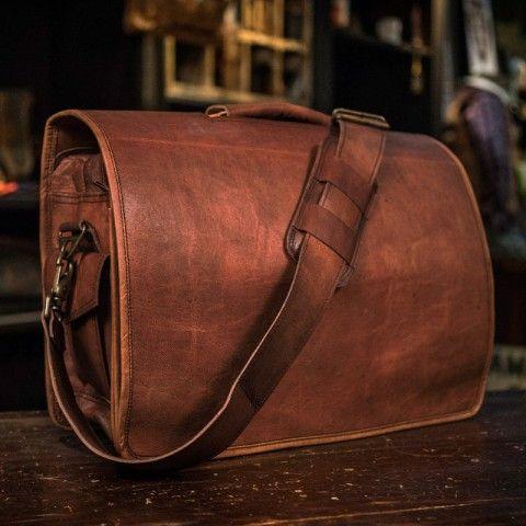 5ba1d6c52f Everett Men s Vintage Leather Messenger Bag