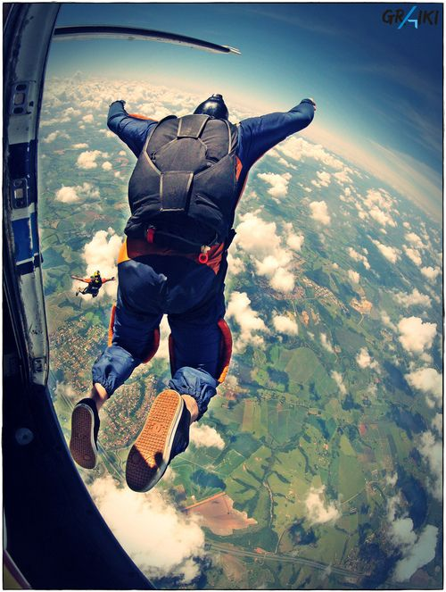 Pin By Emma Salia On Yolo Skydiving Adventure Base Jumping