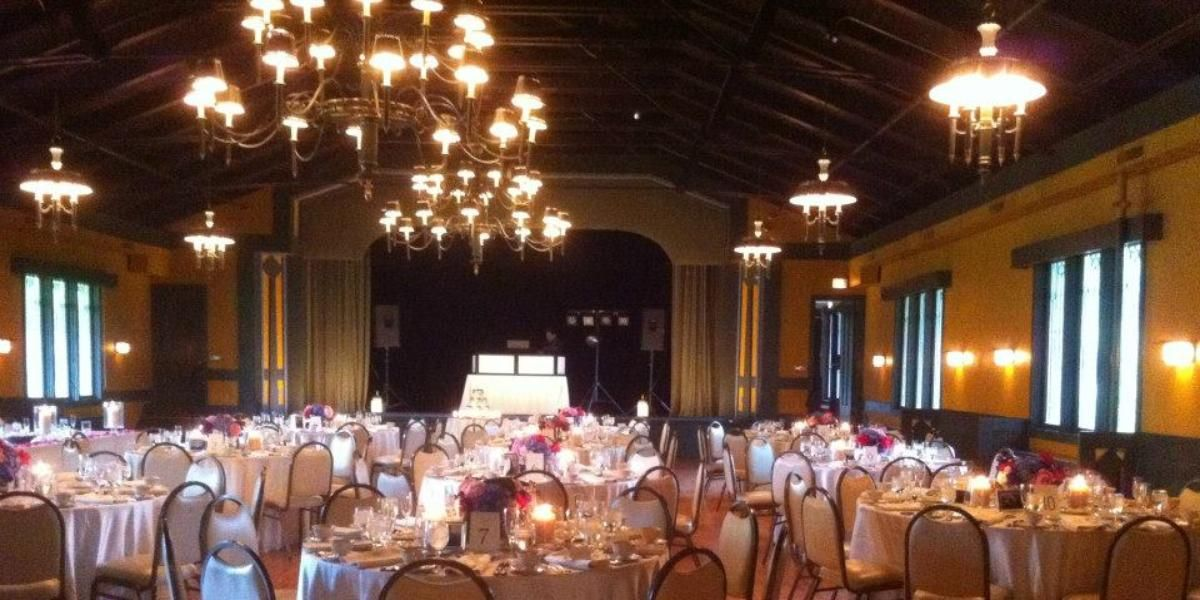 wedding reception venues cost%0A The Kenilworth Assembly Hall Weddings   Get Prices for Downtown Chicago Wedding  Venues in Kenilworth
