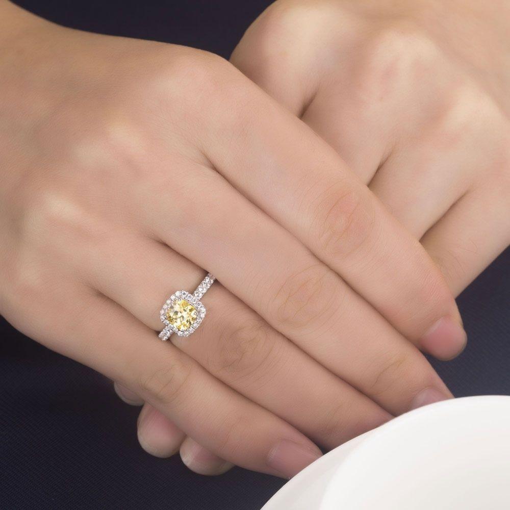 10 Carat Diamond Ring On Finger