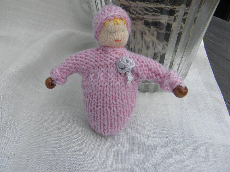 Taschenpüppchen im Schlafrock rosa von sabinchenfrauenzimmer auf ...