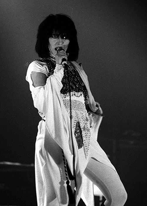 Siouxsie live in 1984