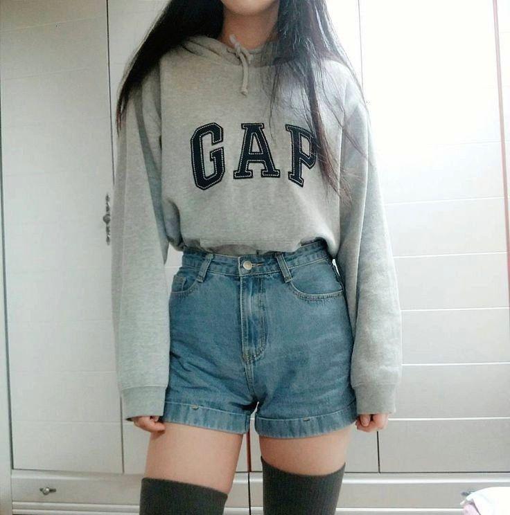✔ Cute Clothes For Teens Jeans  -T/N ¿Por que no eres como las demas?