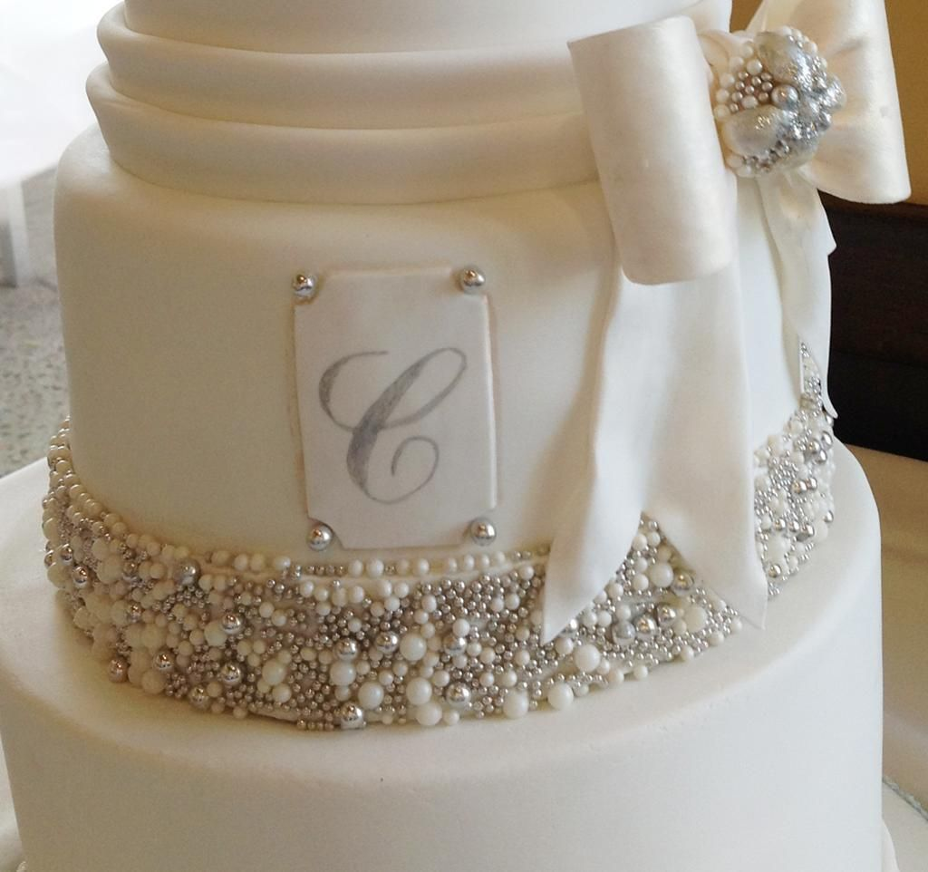 Bows And Bling Wedding Cake By