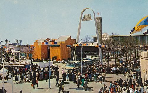 5327296a5e8 American Express Pavilion   The General Foods Arch at The 1964 65 New York  World s Fair