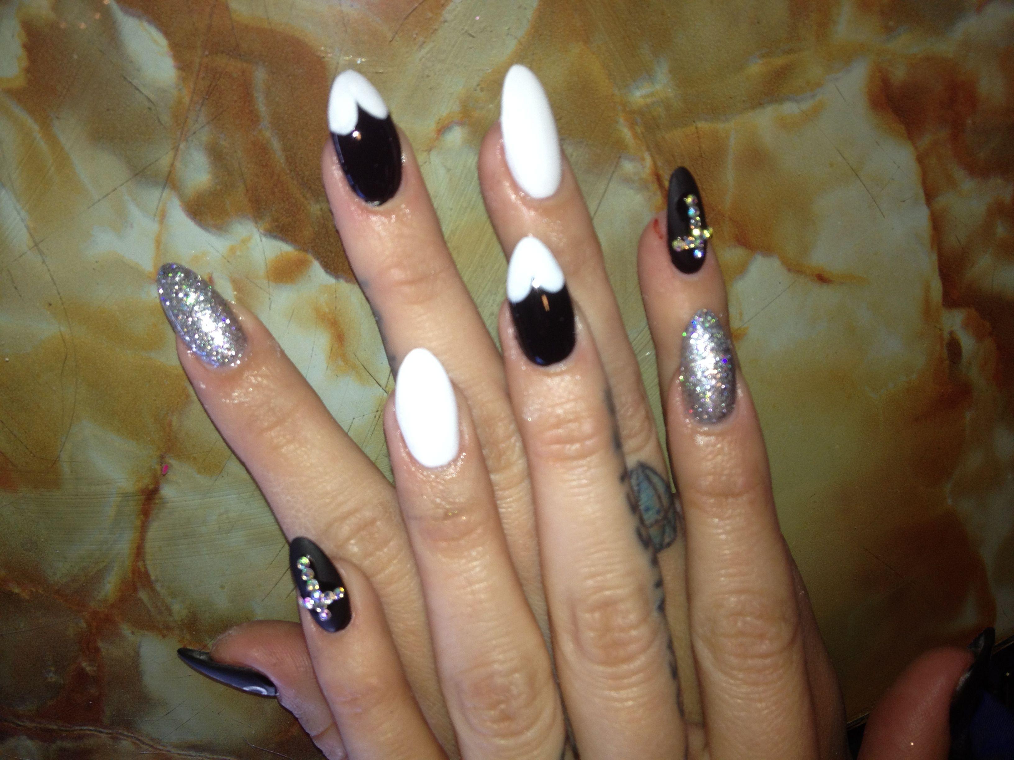 Pointy nail art   Nail art by Tien Pham   Pinterest   Pointy nails ...