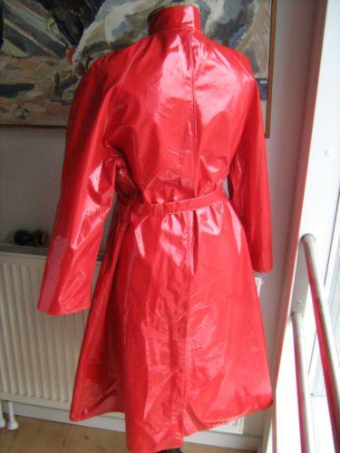 helly hansen red raincoat rain coat vinyl pvc regenmantel rubber gummi latex rain gear. Black Bedroom Furniture Sets. Home Design Ideas