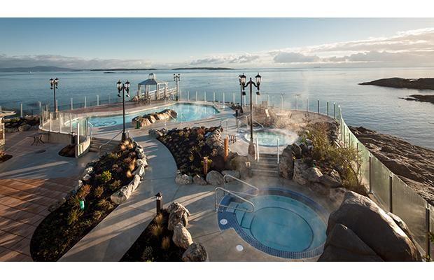 Visit one of Canada's best neighbourhoods at  the recently re-opened Oak Bay Beach Hotel. #travel #vacation #oakbaybeachhotel #oakbay #victoria #vancouverisland