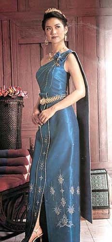 52931ca30 Blue traditional Thai dress | Wedding Ideas | Thai traditional dress ...