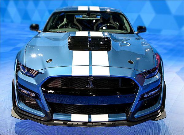 2020 Mustang Shelby Gt500 Top Speed 180mph Mit Bildern Shelby Mustang Muskelautos Mustang