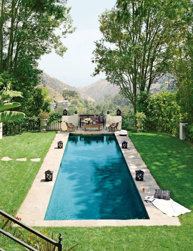 Traditional Pool By Jeff Andrews In Los Angeles California Backyard Pool Swimming Pool Designs Pool Houses