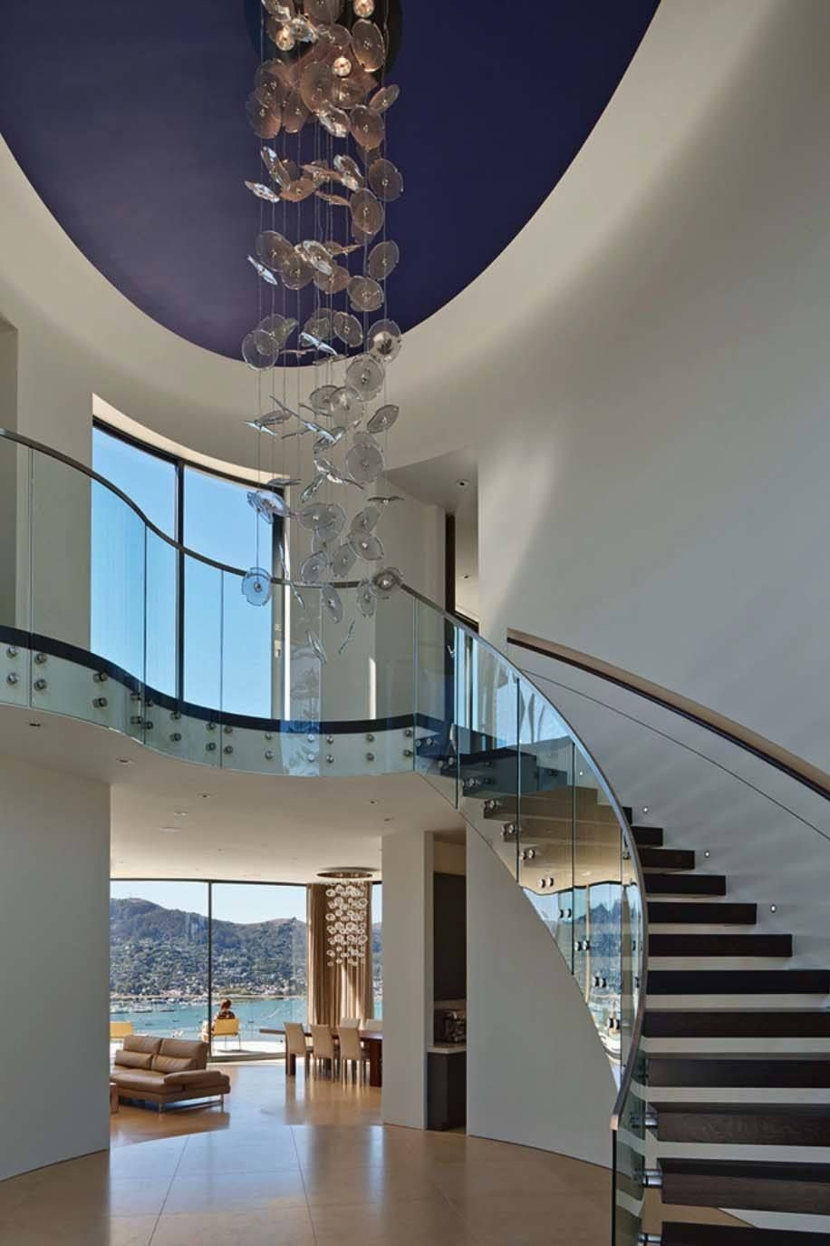 Contemporary dream pad boasts sweeping views over