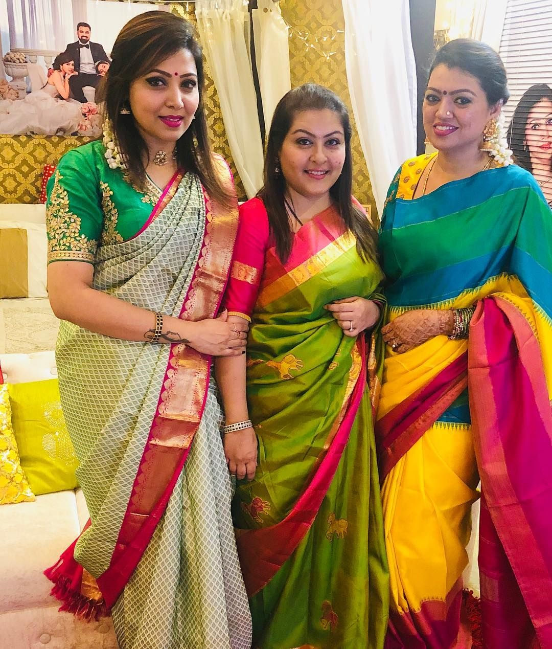 Image May Contain 3 People People Standing Wedding Saree Indian Ladies Saree Blouse Indian Gowns Dresses You need to start from what you want to emphasize or, conversely, to hide in the picture. wedding saree indian