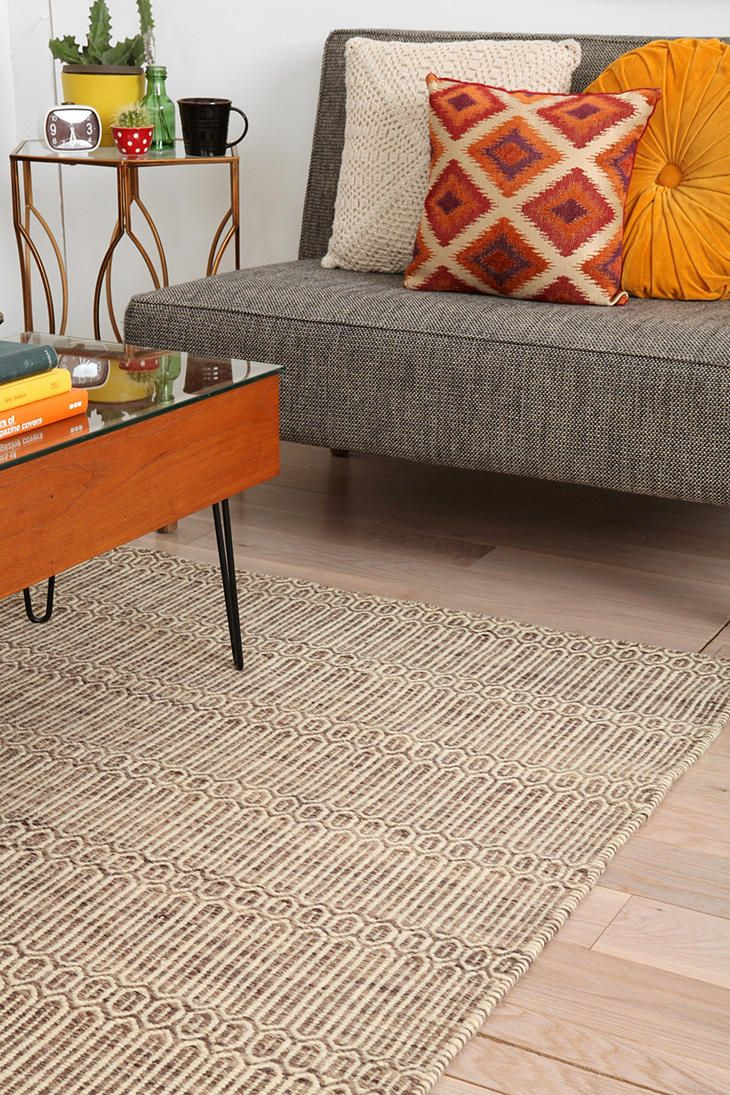 Chain Tile Rug - Urban Outfitters