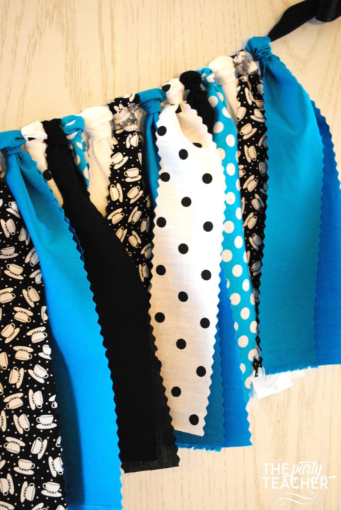 White apron like alice - Alice In Wonderland Fabric Bunting