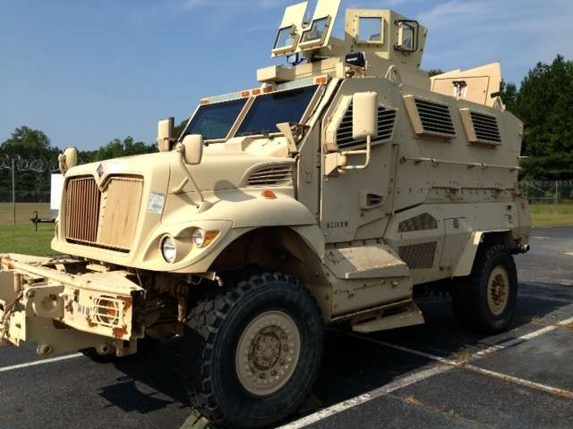 Military Vehicles For Sale >> Military Armored Vehicles For Sale Rheinmetall Wisent Armored
