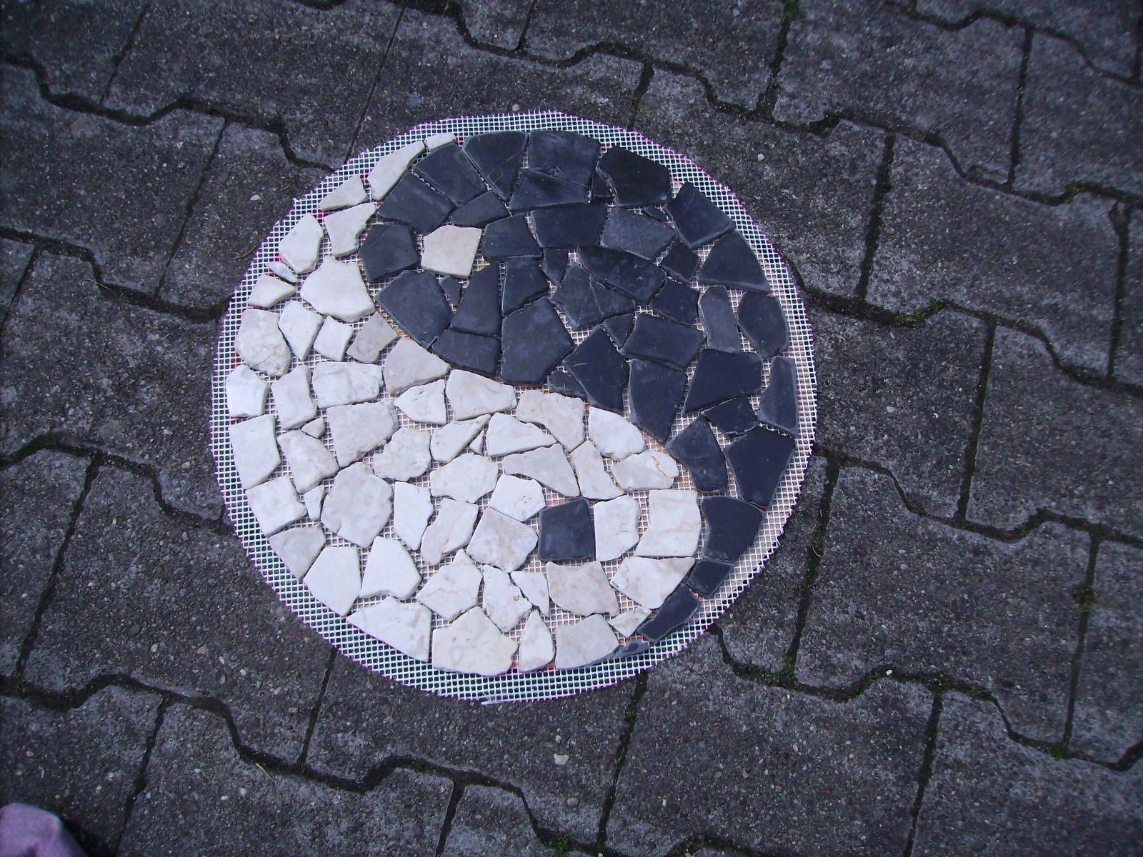 marmor mosaik trittstein naturstein fliese ying yang feng shui Ø, Garten ideen