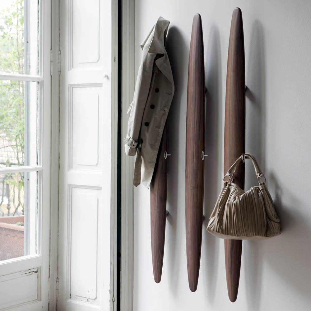 Pokot Willk Walnut Coat Rack
