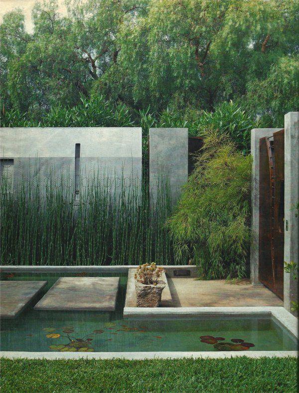 modernes eklektisches gartendesign teich betonplatten | Garden ...