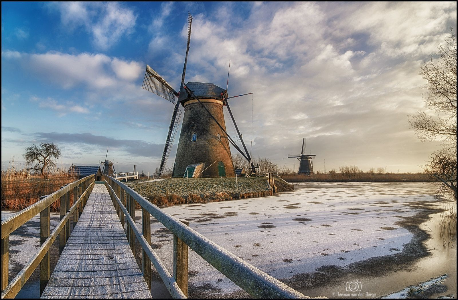 A Beautiful morning at Kinderdijk by Herman van den Berge on 500px