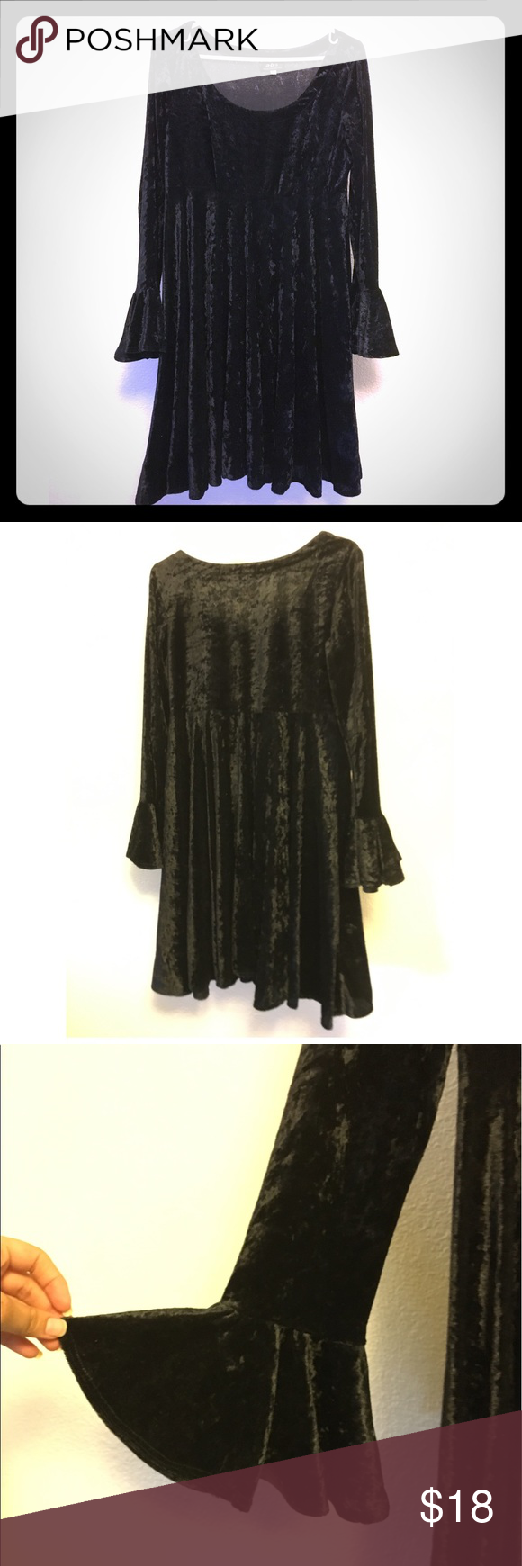 """Wicked Dress It's witching hour, great condition dress. Crushed velvet look fabric. Center Length: 29"""" Waist: 16 1/2"""" Chest: 17 1/2"""" Sleeve Length: 23 3/4"""" Vintage Dresses Long Sleeve"""