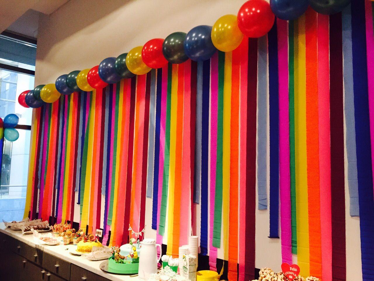 Guirnalda colores papel crepe y globos comunion - Decoracion de guirnaldas ...
