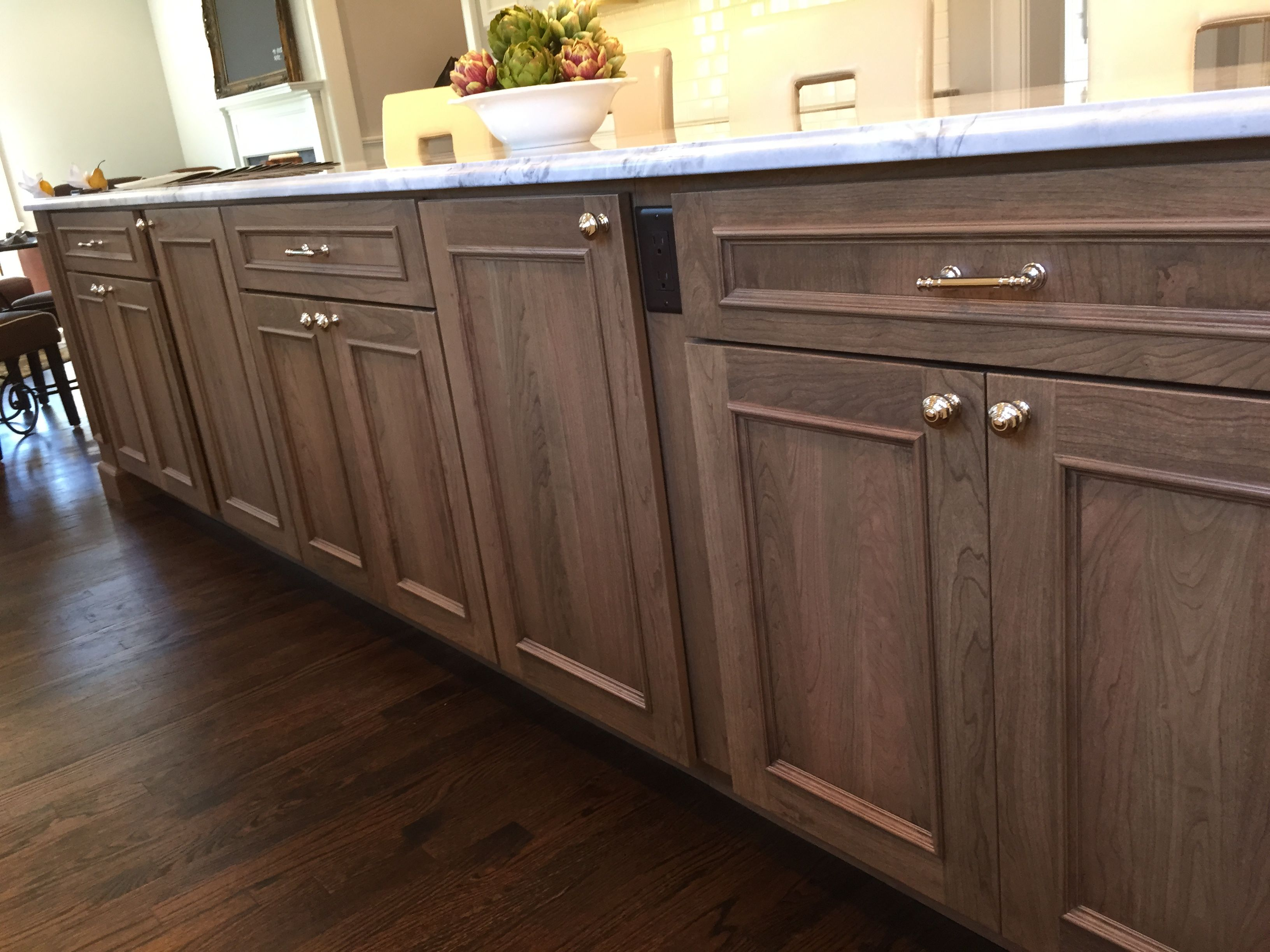 Cabot Island Kraftmaid Cabinets Cherry Lincoln Husk Suede