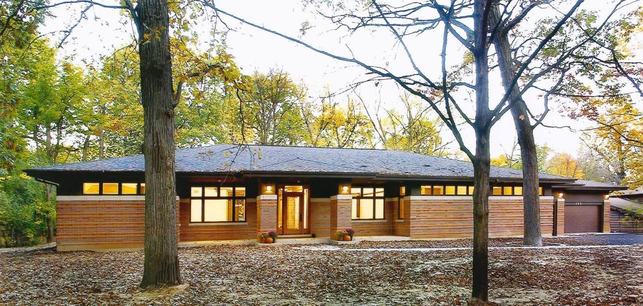 Frank Lloyd Wright Inspired Walk Out Ranch West Chicago Illinois Modern Organic Modern Prairie Home Prairie Style Architecture Prairie Style Houses
