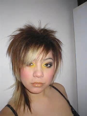 medium emo hairstyles for girls – 11