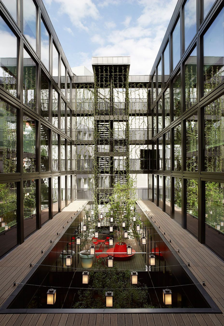 CitizenM Hotel London Bankside by Concrete Architectural ...